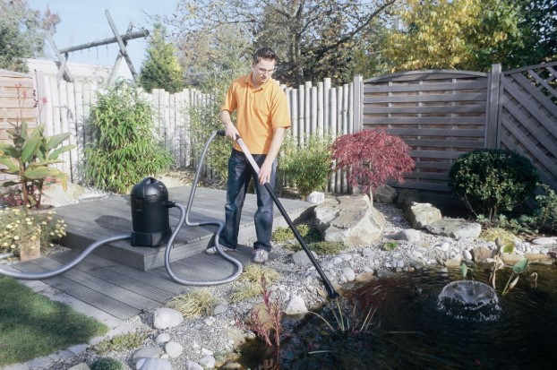 The Best Pond Vacuum Cleaners For Clearing Your Garden Ponds