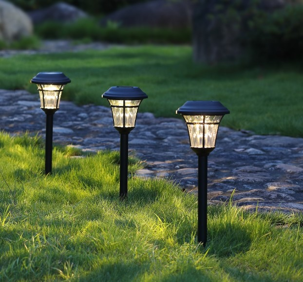 The Best Solar Path Lights For Your Yard, Garden & Lawn