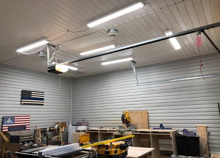 The Best LED Shop Lights For Garage, Basement & Ceilings